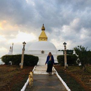 Karla Gouyou Beauchamps en voyage mindfulness